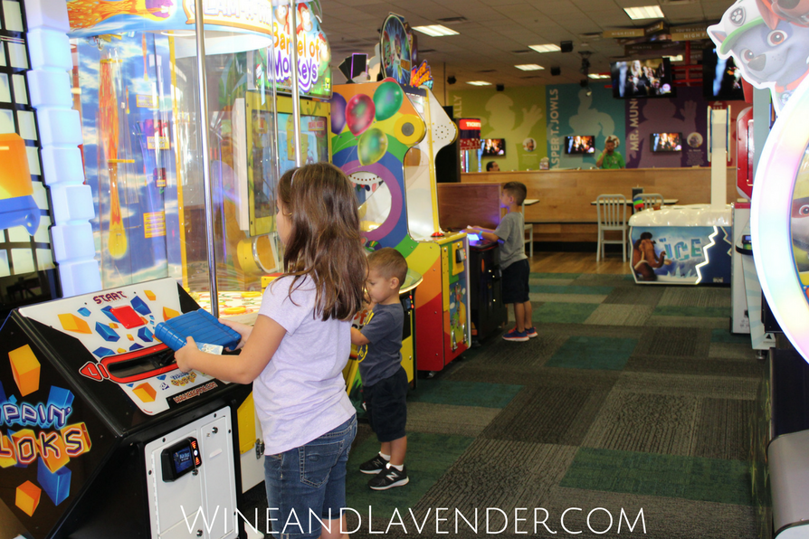 From toddlers to older kids, there are plenty of fun indoor activities and games to play this summer! Find out how to beat the heat here.