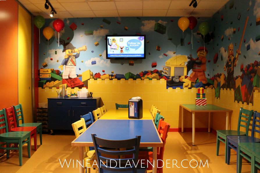 Does your child love Legos? Here's a great place to have their next birthday party- Legoland Discovery Center in Grapevine, TX! Find out more here.