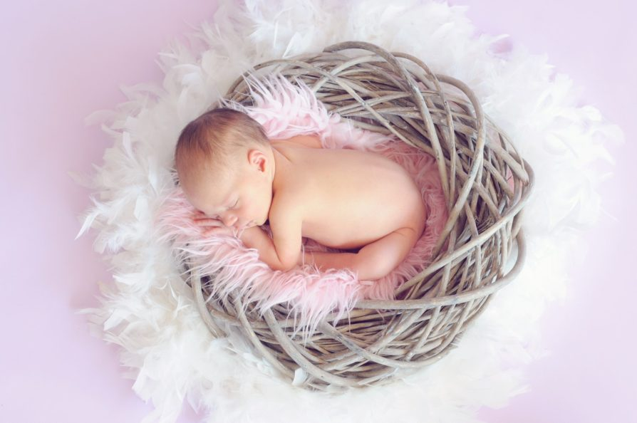 10 Ways to Get Your Newborn on a Sleep Schedule